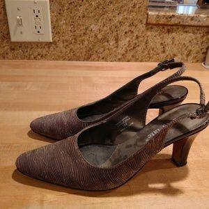 David Tate heels